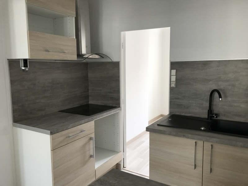 Sale apartment Toulon 110999€ - Picture 2