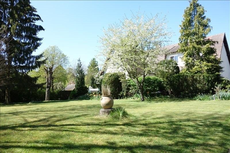 Sale house / villa Montfort l amaury 490000€ - Picture 6