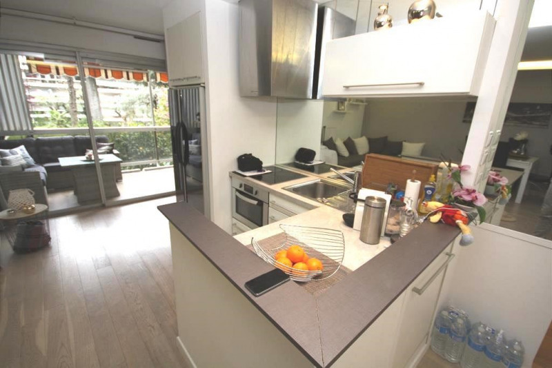 Sale apartment Juan les pins 296000€ - Picture 4