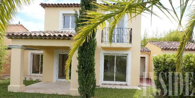 Sale house / villa Sainte maxime 620000€ - Picture 1