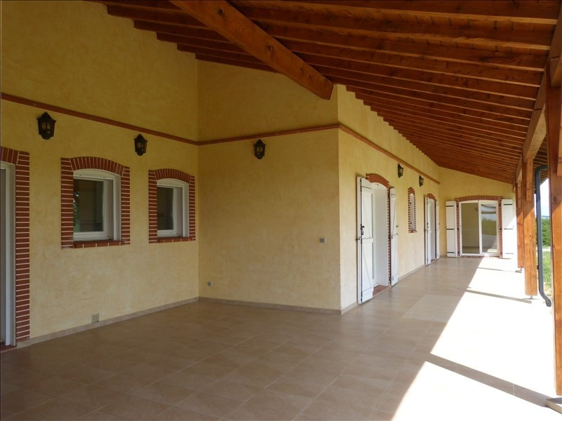 Location maison / villa Caraman 1 250€ CC - Photo 2