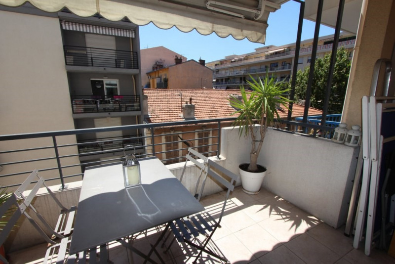 Vente appartement Nice 340000€ - Photo 3