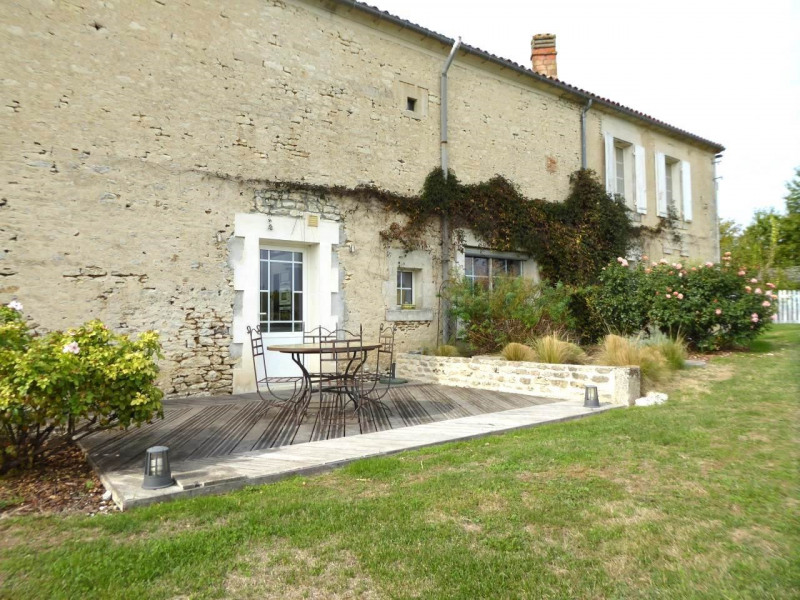 Deluxe sale house / villa Saint-laurent-de-cognac 695 000€ - Picture 6