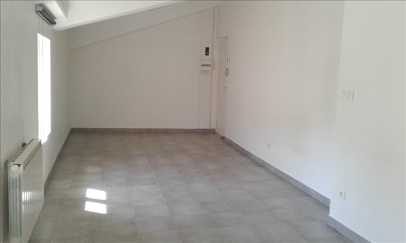 Location appartement Neuville sur saone 390€ CC - Photo 4