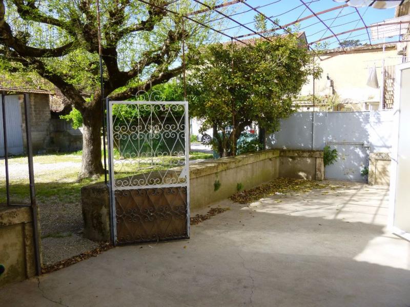Location maison / villa Entraigues sur la sorgue 862€ CC - Photo 16