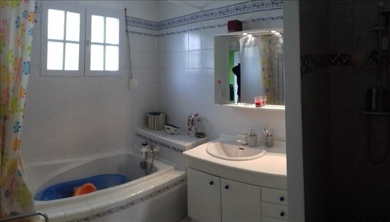 Sale house / villa La greve sur mignon 184500€ - Picture 8