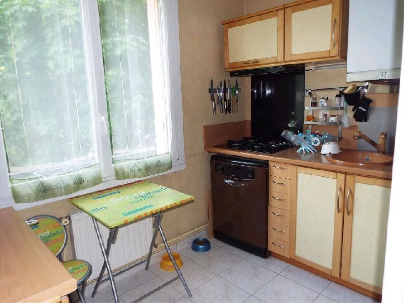 Vendita appartamento Ste genevieve des bois 175000€ - Fotografia 3