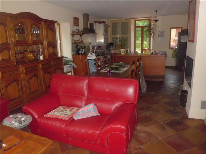 Location maison / villa Grisolles 1120€ CC - Photo 7