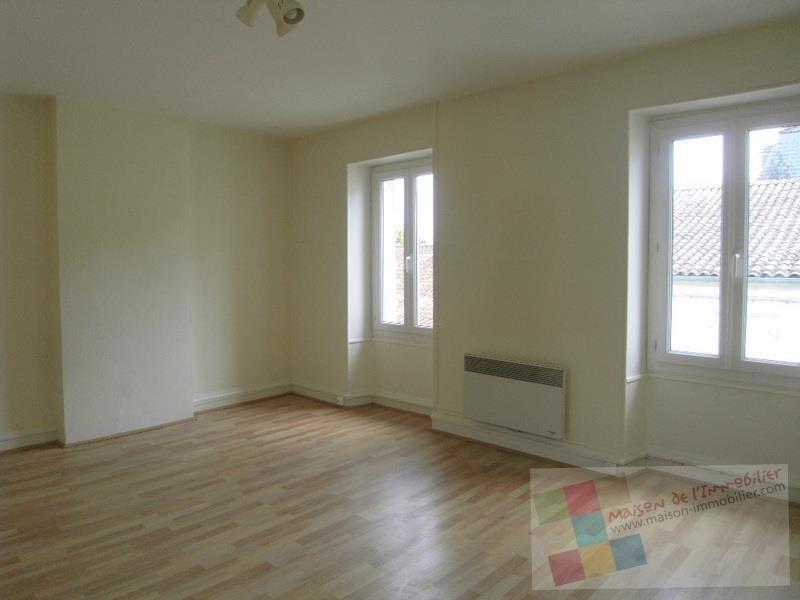 Location appartement Cognac 370€ CC - Photo 1