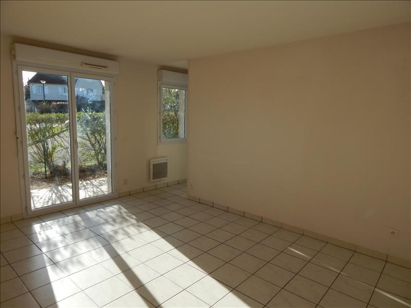 Location appartement Vendome 427€ CC - Photo 1