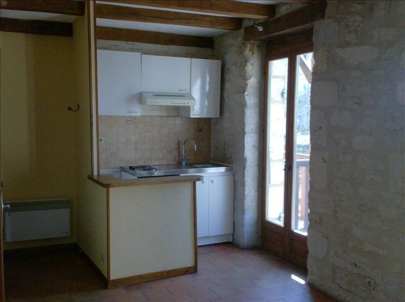 Location appartement Perigueux 335€ CC - Photo 2