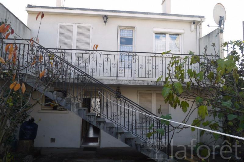 Sale house / villa Cholet 128000€ - Picture 1