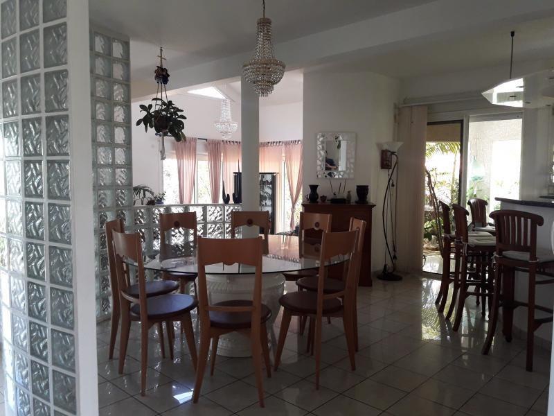 Sale house / villa La possession 420000€ - Picture 7