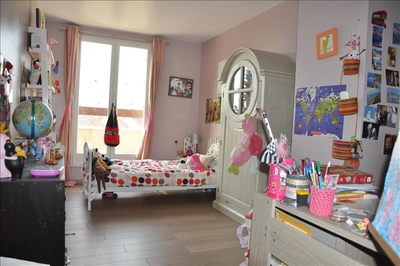 Sale house / villa St nom la breteche 565000€ - Picture 4