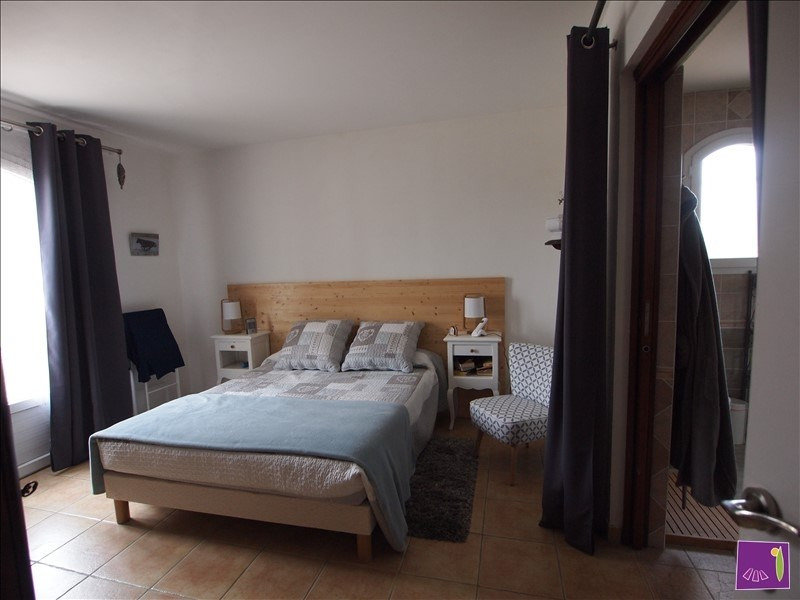Sale house / villa Uzes 385000€ - Picture 4