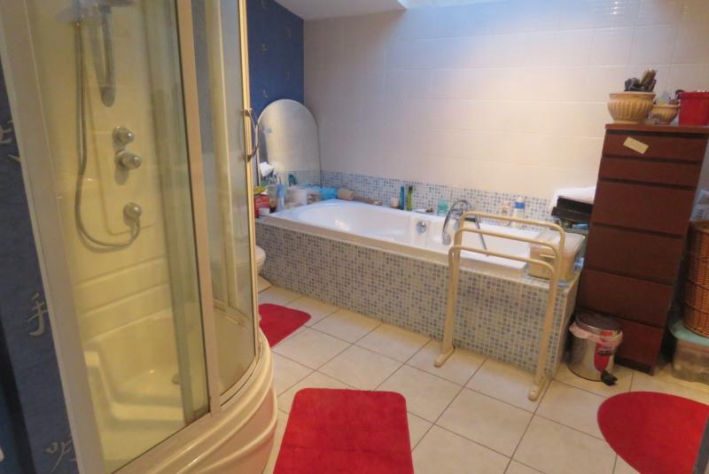 Sale house / villa Locoal mendon 180000€ - Picture 6