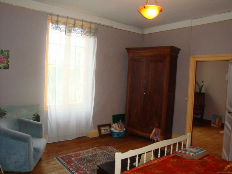 Sale house / villa Puymirol 228000€ - Picture 8