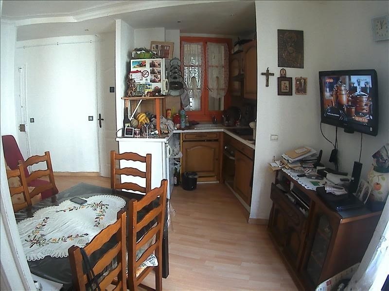 Sale apartment Paris 10ème 330 000€ - Picture 2