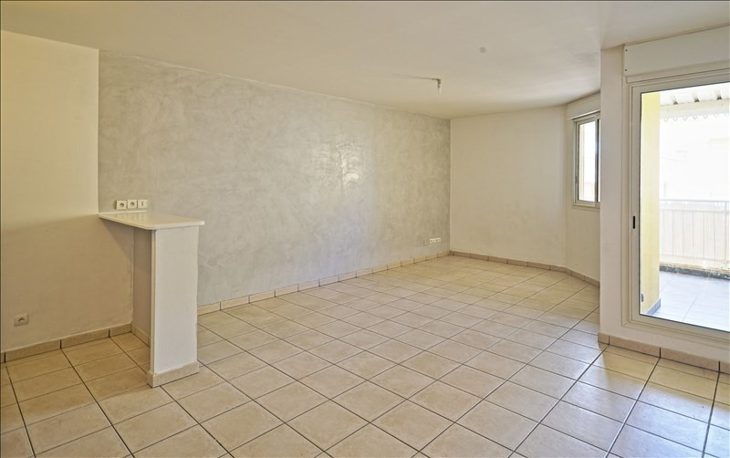 Sale apartment St denis 180000€ - Picture 1