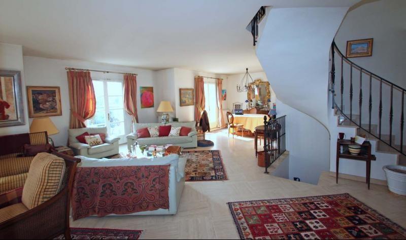 Deluxe sale house / villa Mandres les roses 770000€ - Picture 5