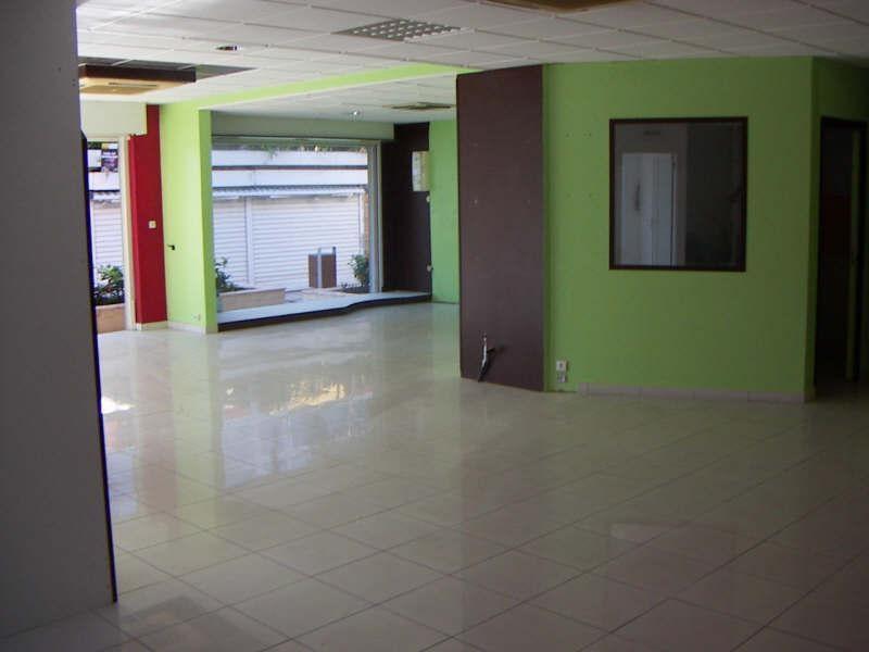 Sale empty room/storage St francois 275000€ - Picture 2