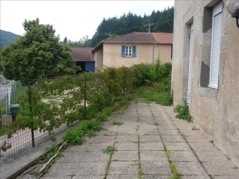 Location maison / villa Renaison 700€ CC - Photo 3