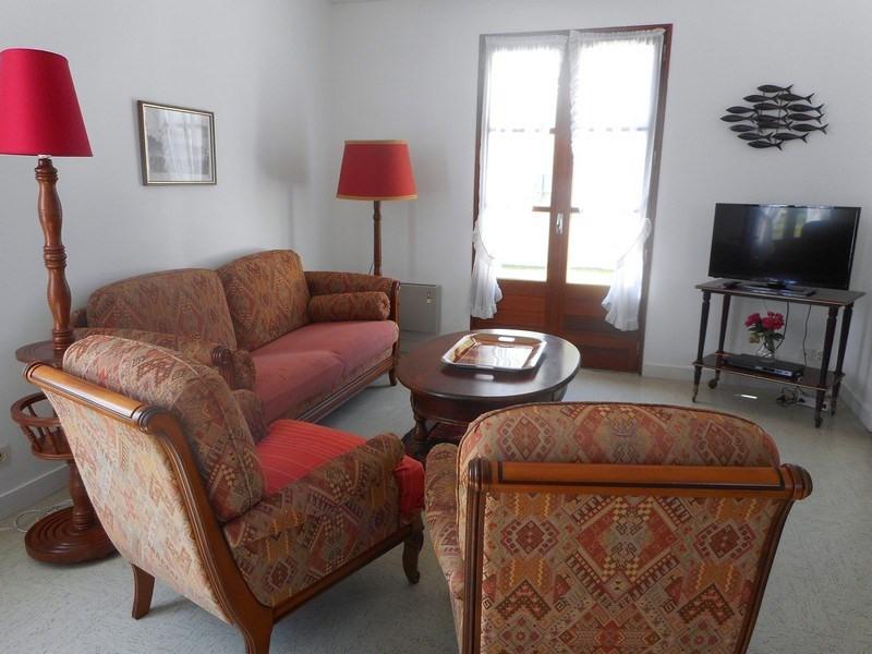 Location vacances maison / villa Saint-palais-sur-mer 1010€ - Photo 3