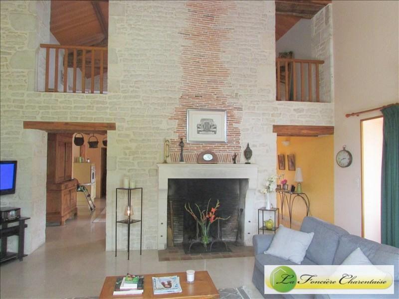 Vente maison / villa Besse 350000€ - Photo 5