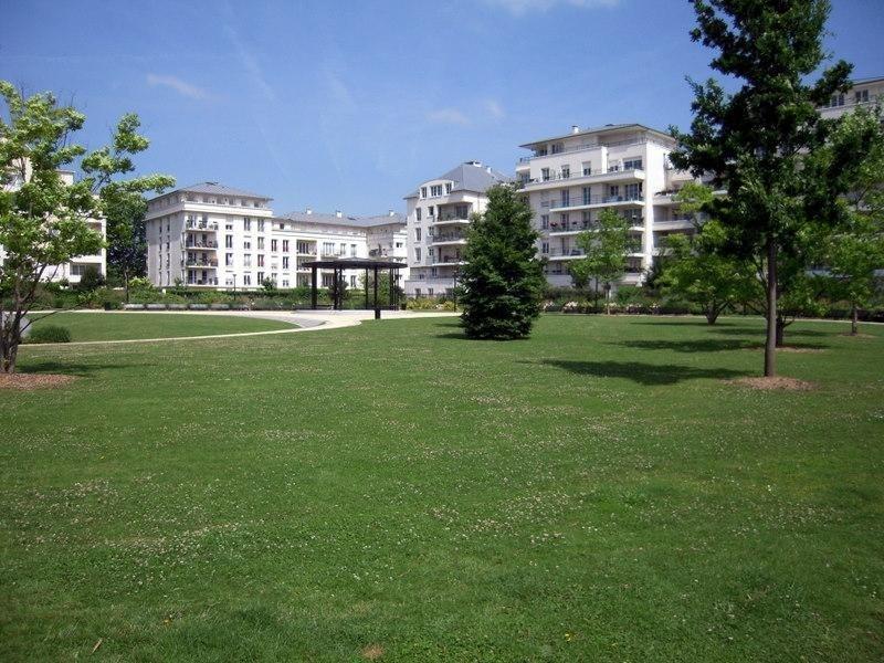 Sale apartment Montigny le bretonneux 227850€ - Picture 3