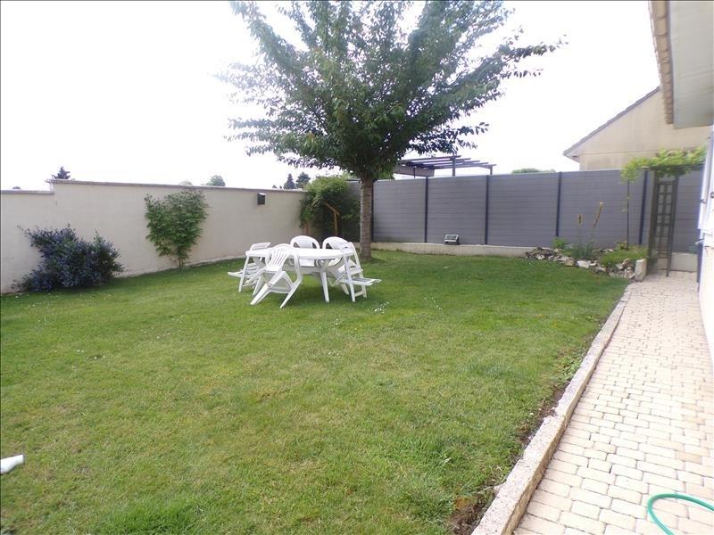 Sale house / villa St germain sur morin 336000€ - Picture 2