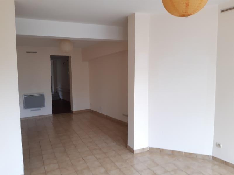 Rental apartment St germain en laye 637€ CC - Picture 1