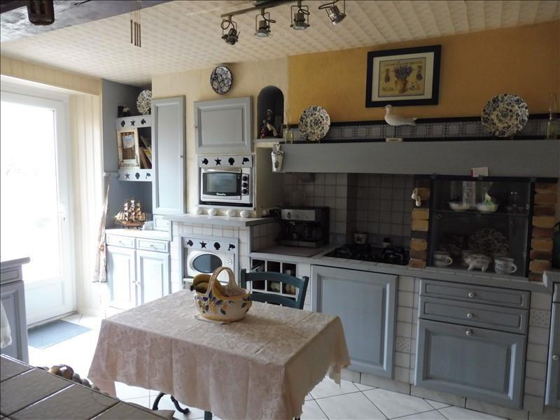 Sale house / villa La roche sur yon 276200€ - Picture 4