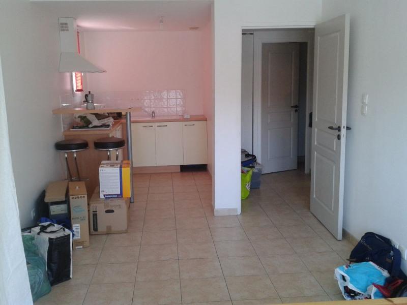Rental apartment Avignon 472€ CC - Picture 2