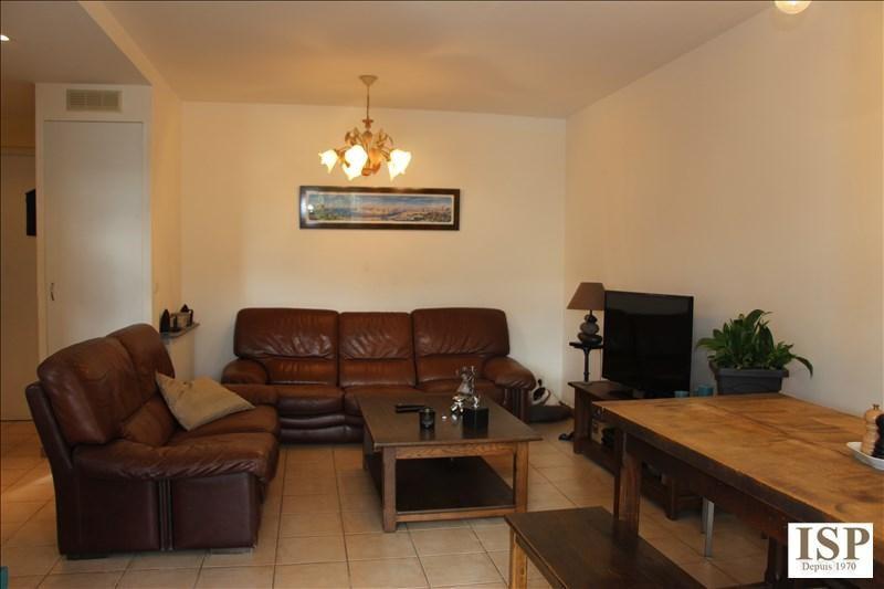Sale house / villa Velaux 281000€ - Picture 6