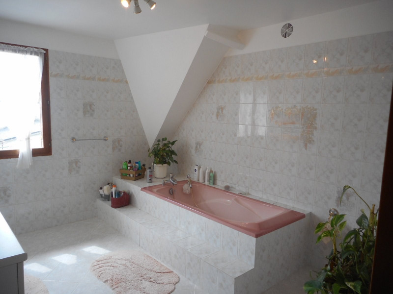 Vente maison / villa Ormesson sur marne 465000€ - Photo 6