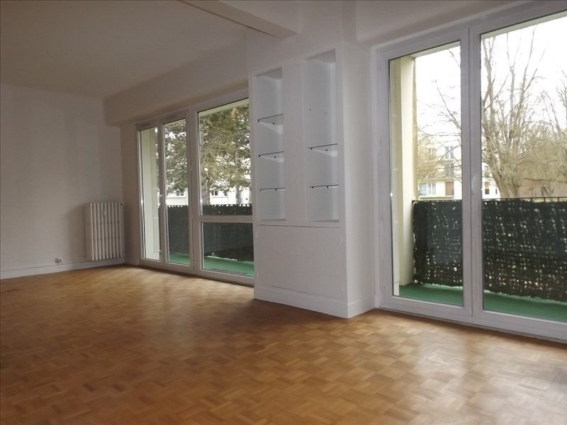 Rental apartment Senlis 1350€ CC - Picture 2