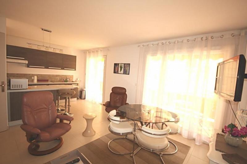Vente appartement Juan-les-pins 210000€ - Photo 2