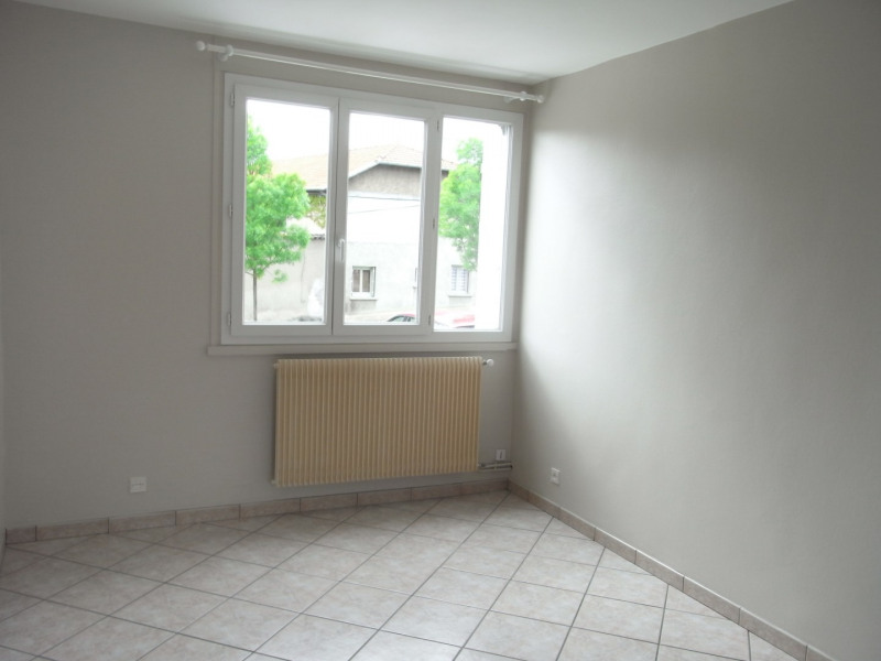 Rental apartment Irigny 724€ CC - Picture 10
