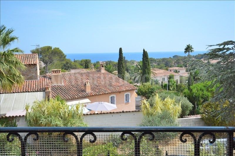 Deluxe sale house / villa St aygulf 840000€ - Picture 2