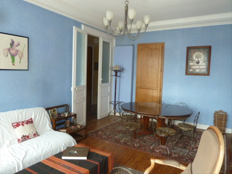 Sale apartment Pau 245 000€ - Picture 1