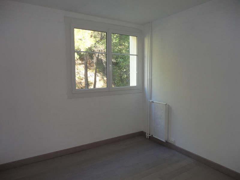 Rental apartment Le revest les eaux 757€ CC - Picture 3