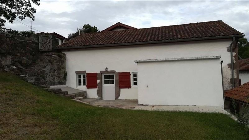 Location maison / villa St etienne de baigorry 680€ CC - Photo 2