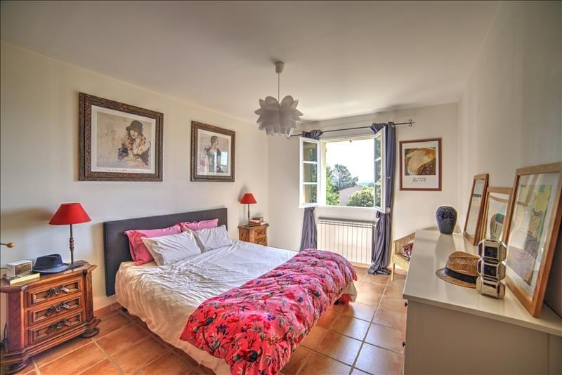 Vente de prestige maison / villa Mimet 649000€ - Photo 8