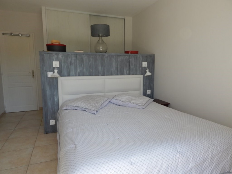 Deluxe sale house / villa Saint-antonin-du-var 577 500€ - Picture 12