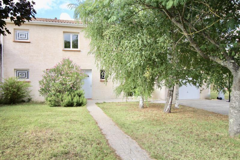 Location maison / villa Ste foy d aigrefeuille 1470€ CC - Photo 1