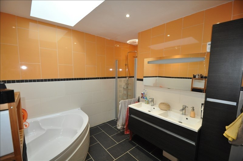 Sale house / villa Vue 307000€ - Picture 7