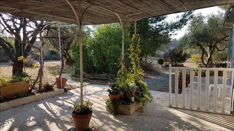 Location maison / villa Aureille 1300€ CC - Photo 2