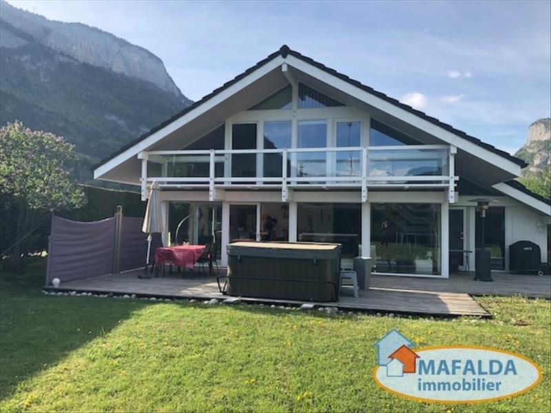 Sale house / villa Magland 370000€ - Picture 2