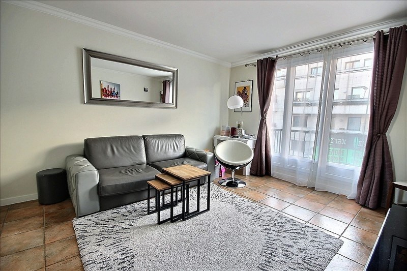 Sale apartment Levallois-perret 365000€ - Picture 2