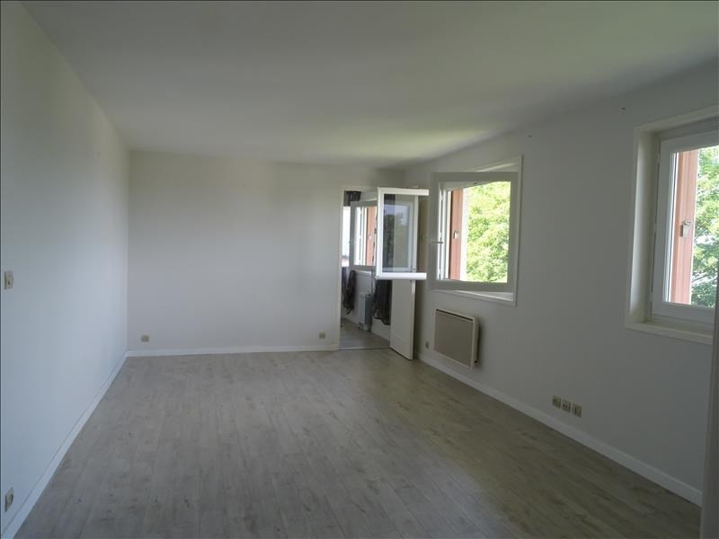Rental apartment Palaiseau 850€ CC - Picture 2